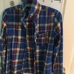 Hollister flannel size medium